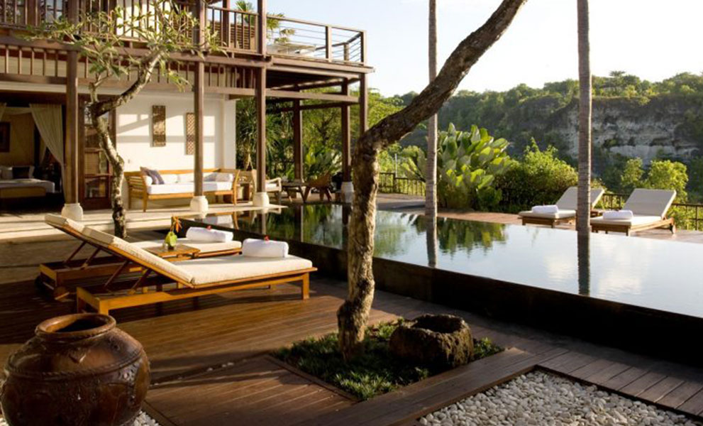 Karma-Jimbaran-Valley-View-Pool-Villa